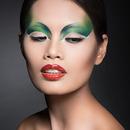 Fashion Beauty with Kaylen Dao