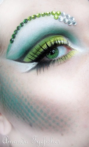 This is another contest entry for makeupbee, inspired by the scales of a tropical snake.