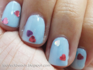 http://ladyluckbeauty.blogspot.com/2013/01/the-vanity-of-twinkly-love.html