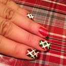 Christmas nails: acrylic pattern.