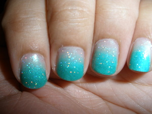 Turquoise ombre nails