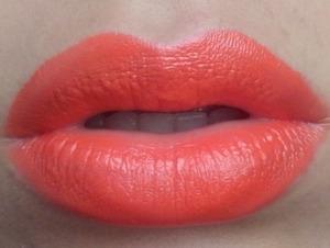 mac lipstick: morange