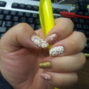 daisies and gold glitter