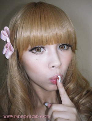 Another dolly Gyaru look I did for a blog review for these lenses. I'm wearing Chapi Tea Color lenses in brown! Lashes used: Dolly Wink #2 and #14