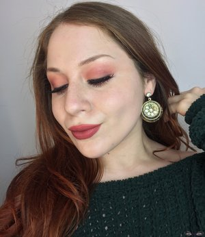 A recreation of one of my FAVORITE makeup looks of all time :)! http://theyeballqueen.blogspot.com/2017/02/soft-peachy-glamorous-makeup-look.html