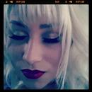 vampy look