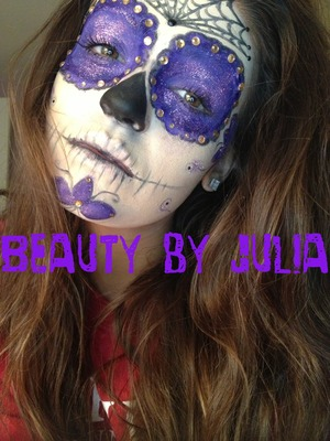 my absolute first sugar skull attempt! @beautybyjulia