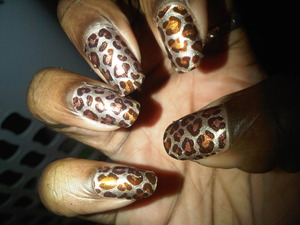 Sexy urban cheetah nails...