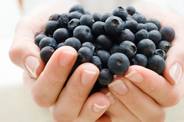 Juice Your Way… to Longer, Stronger Nails!