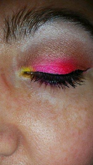 Yellow to pink eye shadow look. I used a coastal sense pallet.