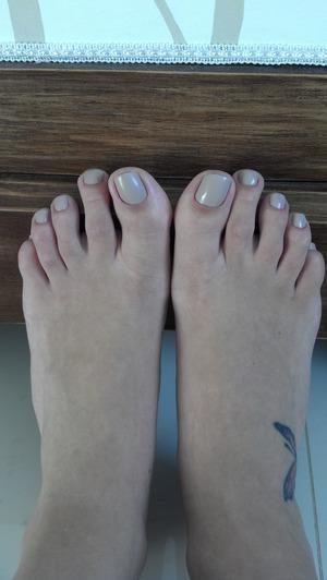Love nude polish on my toes..
