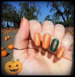 #nailartoct -Pumpkins. http://www.thepolishedmommy.com/2013/10/pumpkin-pickin.html