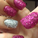 Silver and pink glitter! 💅