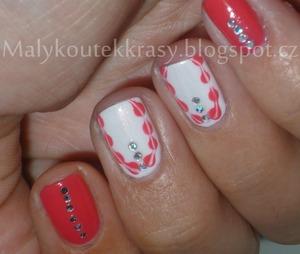 http://malykoutekkrasy.blogspot.cz/2013/09/ruzovo-bily-nail-art-s-kaminky.html