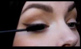 Tutorial: Soft winged eyeliner