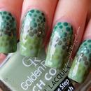 Reptilian green fading dots
