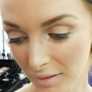 Natural day makeup