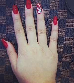 Red round acrylics