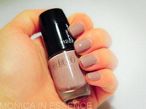 112 Flattered Taupe