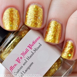 A gorgeous swatch of Pirate's Booty by Anna Thorton. Looks so lux and rich. I believe this is 3 coats.