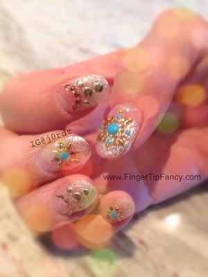 FOR DETAILS GO TO: http://fingertipfancy.com/moms-nails