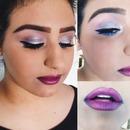 Violet ombré lips