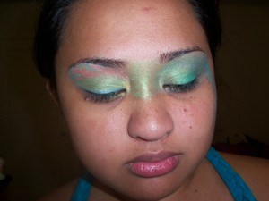 Using I-Candy Couture eyeshadows and lipgloss www.i-candycouture.com