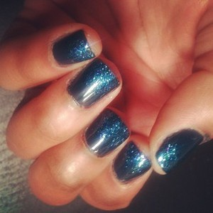 Pretty midnight blue with glittery tips