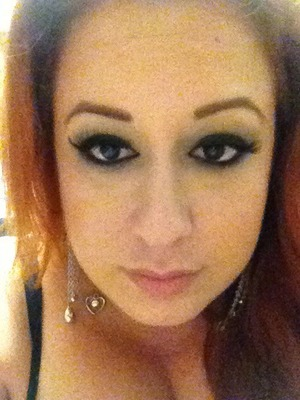 New hair color. New eyeshadow.  Pic after photoshooting.  Still wearable, don't you think?