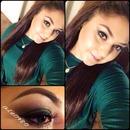 Green smoky eye