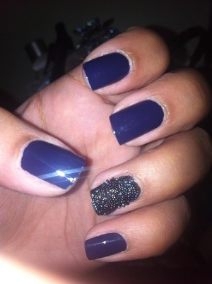 Midnight caviar nails :)