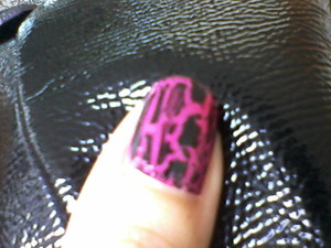 Black crackle with mark cosmetic nail polish