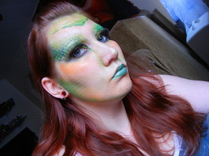a coworker requested I do a lizard look today. I aim to please.