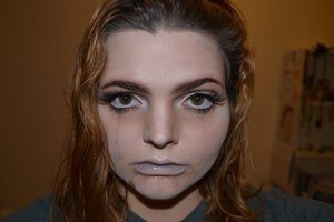 Make up inspired by the painting by Millais and Hamlet by Shakespeare