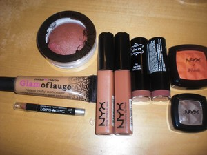 hey girls new blog post nyx swatches check it out! http://maggielovesmakeup.blogspot.com