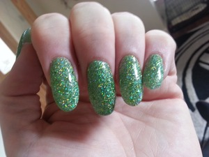 Nail acrylic glitter in a mossy green colour xx