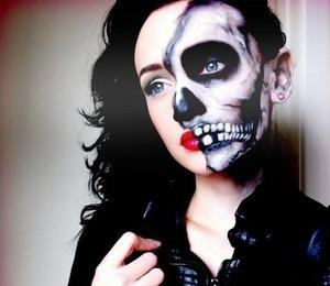 For the skull side I used: White face paint, white eye shadow, black gel liner, black eyeshadow