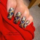 Grey abstract nail design