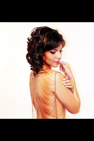Hair and makeup done by me for my friends photoshoot :)