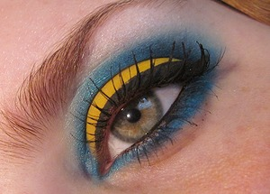 Chrome Yellow, Electric Eel, and a couple colors from the ELF smokey eye edition palette.
