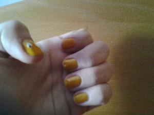 "hi!  Here is my new nail design! I used white nail polish by H&M ; Yellow nail enamel "" prêt â porter"" by Deborah Milano; PRO Super wear "" ultra shine topcoat"" by RIMMEL London; nail art pen by DEBORAH Milano and yellow flocking powder! :) :D"