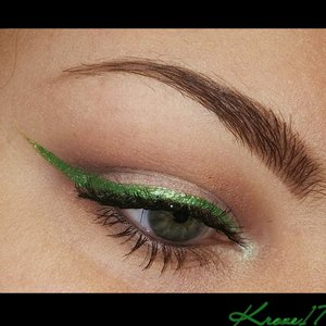 Having some fun with Nyx Extreme Green Liner! Definitely brings a little extra something to an everyday look.   Products used: Kat Von D Shade And Light Eye Palette Anastasiabeveyhills Pro Brow Book Nyx Extreme Green Liner Milani Gray Liner Sugarpill Lumi Pigment  #Nyx #Sugarpill #lumi #katvondbeauty #katvond #katvondlook #green #summerlook #colorful #Anastasiabeveyhills #beauty #beautyproducts #beautyshot #cosmetics #makeup #makeuptrends #makeuplook #inspiration #instabeauty #instamakeup #creative #Kroze17
