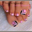 Toenail Art Design | Pink and Black Toes