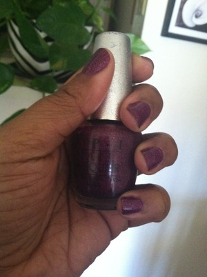 2 coats and it looks just like the bottle. OPI extravagance 💅💅