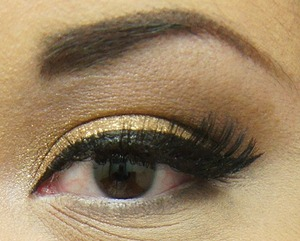 Maybelline eye studio color tattoo in Bold Gold. Major love.