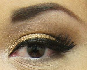 Maybelline eye studio color tattoo in Bold Gold. Major love.
