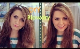 The Dry Blowdry [Tame Frizzy Second Day Hair with Blowdryer!]