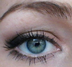Just did a simple shading, light brown in inner eyelid part, bronzed shadow in the crease and black shadow in the outer corner for shading. winged eyeliner to perfect the look. This would be a great bridal look i think.