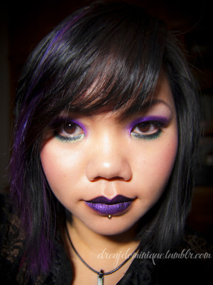 facefront cyber gel visionary violet lips.  i think i look very weird here.. like there something unnaturally 'cute' about this photo..