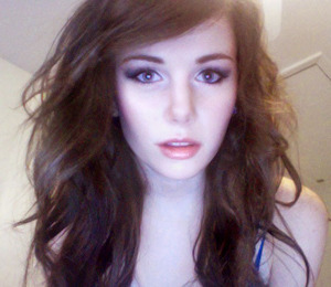 A webcam pic I took before leaving. Kind of a staring face LOL, but I think it shows the look well. Except for super washed out!